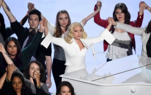 lady gaga performanca